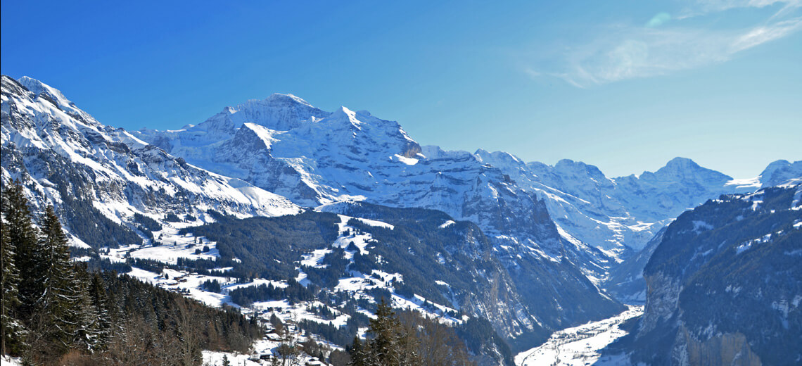 Lauberhorn, weather a race and some fresh snow